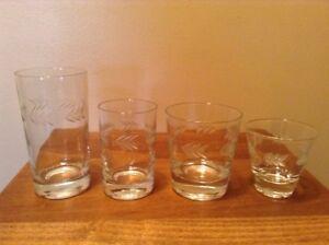 31 Pcs Vintage Laurel Leaf Deep Cut Assorted Size Quality Glasses
