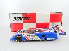 Voitures, camions et fourgons miniatures Starter 1:43 Nissan