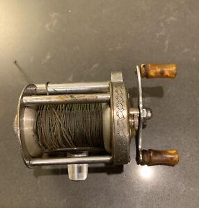 Vintage Pflueger SKILKAST No. 1953 Baitcasting Baitcast BASS Fishing Reel