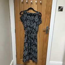Ladies Size 8 Navy Feather Aztec Print Cut Out Sleeve Dress By Miss Selfridge