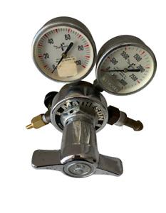 Matheson Compressed Gas Regulator w/ Shut-Off Valve