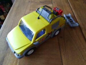 Playmobil Abschleppwagen mit Beleuchtung