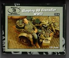 ROYAL MODEL 294 - SLEEPING SS GRENADIER WWII (only figure) - 1/35 RESIN KIT