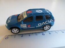 renault rallye modele dacia duster N° 2 bleu