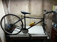 """SPECIALIZED """" CROSSROADS """" CRUZ STEEL LUGGED ROAD / HYBRID BICYCLE,SHIMANO PARTS"""