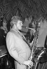 OLD JAZZ MUSIC PHOTO American Jazz Musician Gerry Mulligan Plays His Saxophone