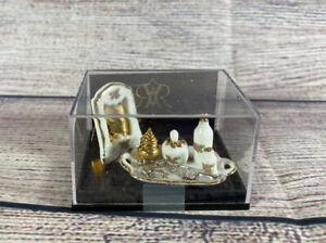 Reutter Porzellan Germany Doll House Mini Bedroom Setting Mirror Beauty Set