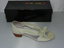 Everybody Sandals Style 35287Q4114 in Cream Size 37 - NEW W1-310