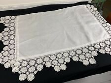 VINTAGE WHITE ON WHITE MANTLE SCARF WITH FLORAL LACE TRIM