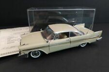 DANBURY MINT Plymouth Fury Hardtop Beige 1958 1:24 Mint Condition (35)