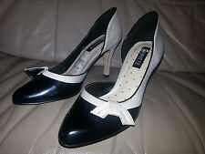 bf2872fa8a71 WOMEN S ABAETE FOR PAYLESS SHOES SIZE 5