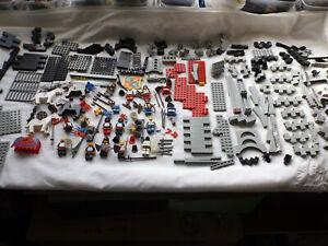 LEGO BLACK KNIGHTS CASTLE 6086 GREAT CONDITION FABULOUS VINTAGE SET.BLUE DRAGON