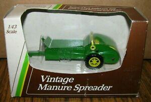JOHN DEERE Vintage Manure Spreader 1/43 Ertl Toy #5654 Die Cast Metal 1992 jd