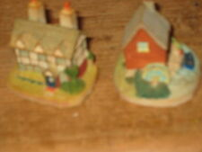 COLLECTIBLE  TWO X 1995 LYONS TETLEY SYDNEY 2.5 INS DIFFERENT HOUSES ORNAMENTS