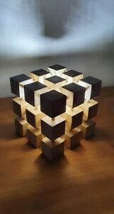 Size M solid oak cube lamp