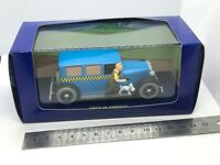 TinTin in America Ford BLUE car Diecast model + figure and dog on the side MINT
