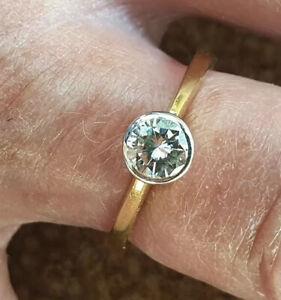 Stunning Bezel Set 18ct Solitaire Diamond 0.51ct Engagement Ring Size O1/2