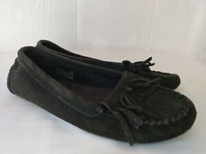 Minnetonka Women's Slip On Brown Leather Moccasins Kilty Hard Sole Sz 6.5