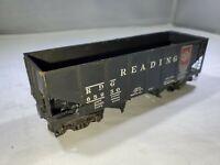 HO Scale - Mantua - Vintage Reading Operating Hopper Train Car RDG 65950!