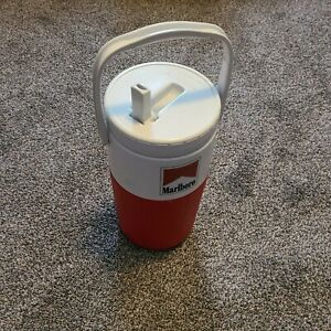 Marlboro Red White Coleman Water Pitcher Thermos Vintage Camping Hiking Spout