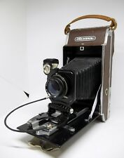Moment Old Vintage USSR Polaroid Camera 1:6 .8 F = 135mm very Rare, collector's