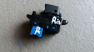 Kia Rio 3 III UB Fensterheberschalter rechts 935751W010 93575-1W010 Schalter