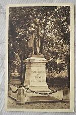 """CPA """" FERNEY VOLTAIRE - Statue de Voltaire"""