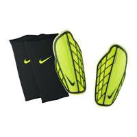 Nike Protegga Pro  Football Shin Guard Green / Black Small (150-160 ) A351-12