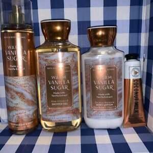 Bath & Body Works Warm Vanilla Sugar Gift Set 4pcs+Clear Bag