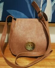 Bon-Ton Leather Pouch Crossbody Bag