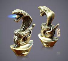 Cobra Sturmfeuerzeug. Farbe Gold. Python Schlange Feuerzeug Heißstrahl