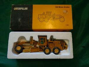 NZG Norscot Caterpillar 16G Motor Grader 1:50 Scale With Box