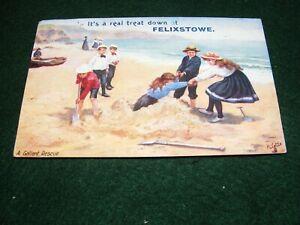 VINTAGE POSTCARD ART SOUVENIR FELIXSTOWE CHILDREN BEACH SAND CASTLES TUCK