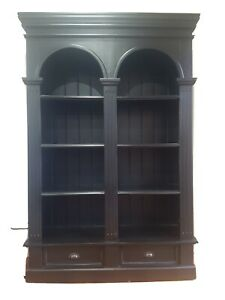 Timber Bookcase - Roosevelt