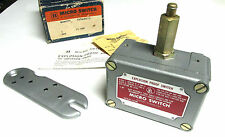 * NIB ... Honeywell Explosion Proof Micro Switch Cat# EX-Q800 .. VH-36