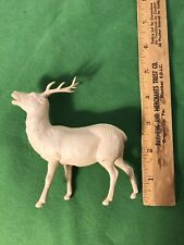 One Antique White Buck By Irwin Co. Usa. 4.5 X 4�