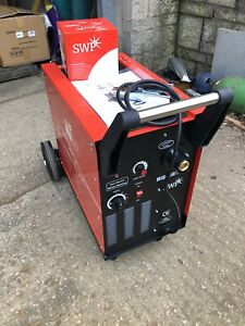 SWP REDLINE 180 AMP MIG WELDER . 240 VOLT SINGLE PHASE. BRAND NEW. SPECIAL PRICE
