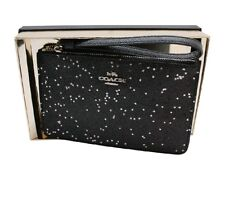 Coach F38641 Boxed Small Wristlet With Star Glitter Silver/black