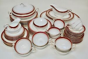 Aynsley red 'Durham 1646' dinner service, incomplete