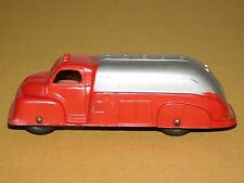 """VINTAGE TOY 4 1/4"""" LONG TOOTSIETOY MADE IN USA METAL TRUCK"""