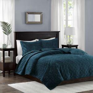 BEAUTIFUL ULTRA SOFT MODERN CHIC GEOMETRIC BLUE GREEN TEAL VELVET QUILT SET NEW!