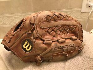 "Wilson A2000 XXC 13.25"" Softball Glove Right Hand Throw"