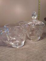 Vintage ANCHOR HOCKING Crystal Glass Creamer & Sugar Bowl with lid  Star Design