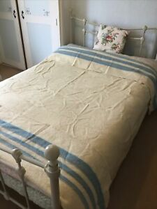 Large 100% Pure Wool Cream & Marine Blue Stripe Cosy Double/King Size Blanket