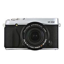 Near Mint! Fujifilm X-E2 with XF 18-55mm R LM OIS Silver - 1 year warranty