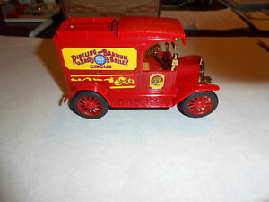 "ERTL #9027 ""Ringling Brothers Circus"" 1913 Model T Van Bank 1/25 Scale NOS"