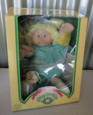 Cabbage Patch Doll Crayon Holding Girl Blonde Jane Claudia