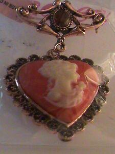 Red Heart Cameo Brooch in Rosetone