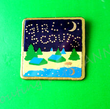 PIN, CAMPING Moon, Stars SPELL GIRL SCOUTS EUC  Award Souvenir Friends, Combine