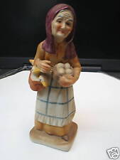 Porcelain Old Lady with Ducks and Eggs        (1142)